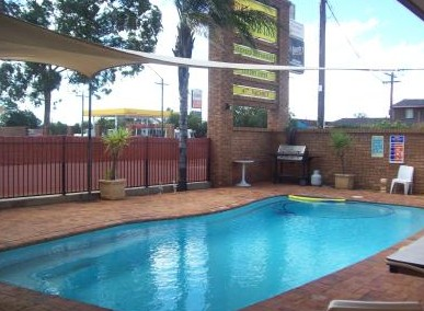 Town And Country Motor Inn Cobar