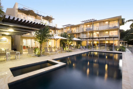 Maison Noosa Luxury Beachfront Resort - Accommodation Adelaide