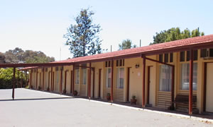 Golden Hills Motel - Accommodation Adelaide