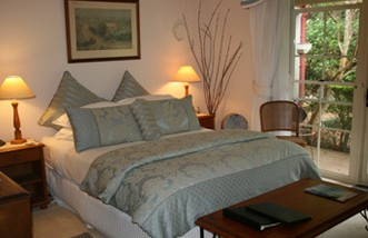 Noosa Valley Manor - Bed And Breakfast - Accommodation Adelaide