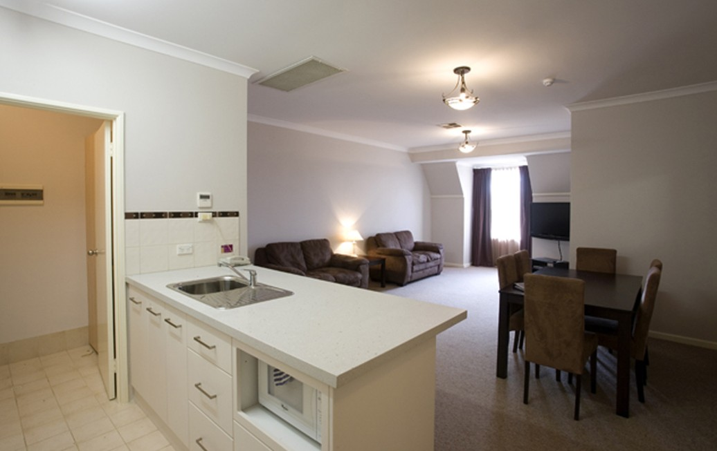 Regal Apartments - Accommodation Adelaide