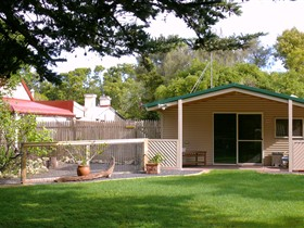 Shiralea Country Cottage - Accommodation Adelaide