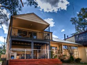 River Shack Rentals - The Manor - Accommodation Adelaide