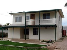 Louth Bay Holiday Apartment - Accommodation Adelaide