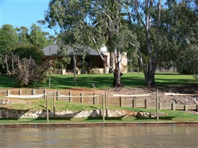 Roonka Riverfront Cottages - Accommodation Adelaide
