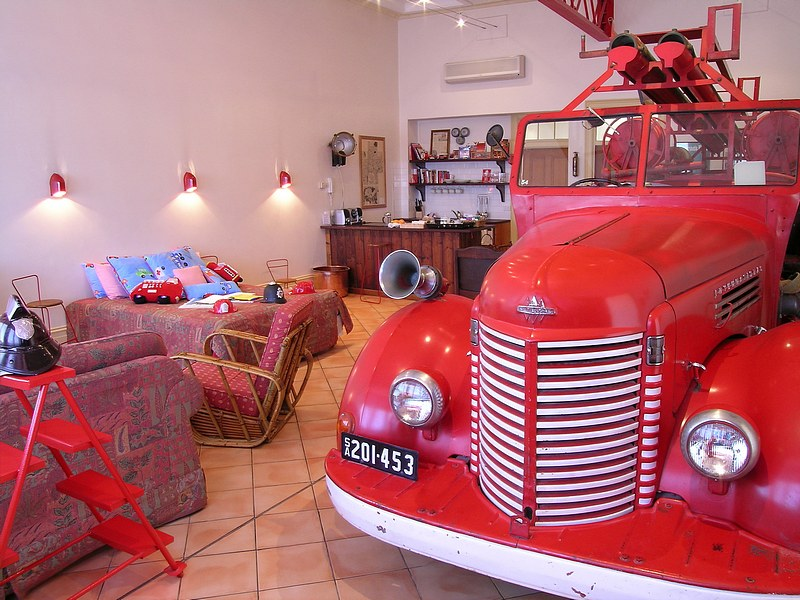 The Fire Station Inn - Fire Engine Suite - Accommodation Adelaide