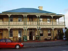 Richmond Arms Hotel - The - Accommodation Adelaide