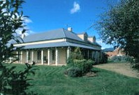 Strathmore Colonial Accommodation