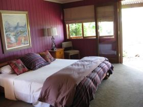 French Cottage and Loft - Accommodation Adelaide