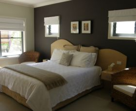 CeeSpray on Owen Bed and Breakfast - Accommodation Adelaide