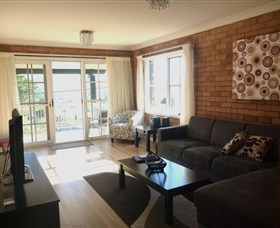The Beach Retreat - Accommodation Adelaide
