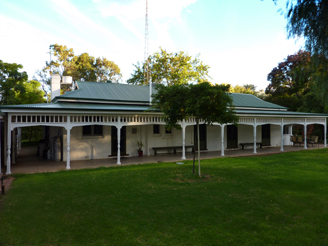 Lake Victoria Station Lodge - Accommodation Adelaide