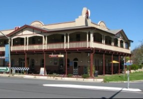 The Royal Hotel Adelong - Accommodation Adelaide