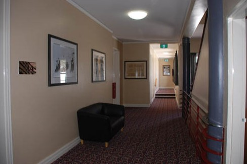 Alpine Hotel - Accommodation Adelaide