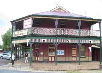 Henty Central Bed and Breakfast - Accommodation Adelaide