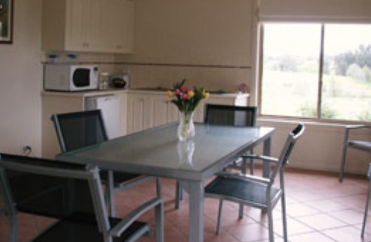 Burns B and B and Yabby Farm - Accommodation Adelaide