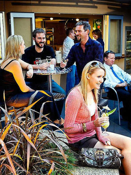 Morphett Arms Hotel - Accommodation Adelaide