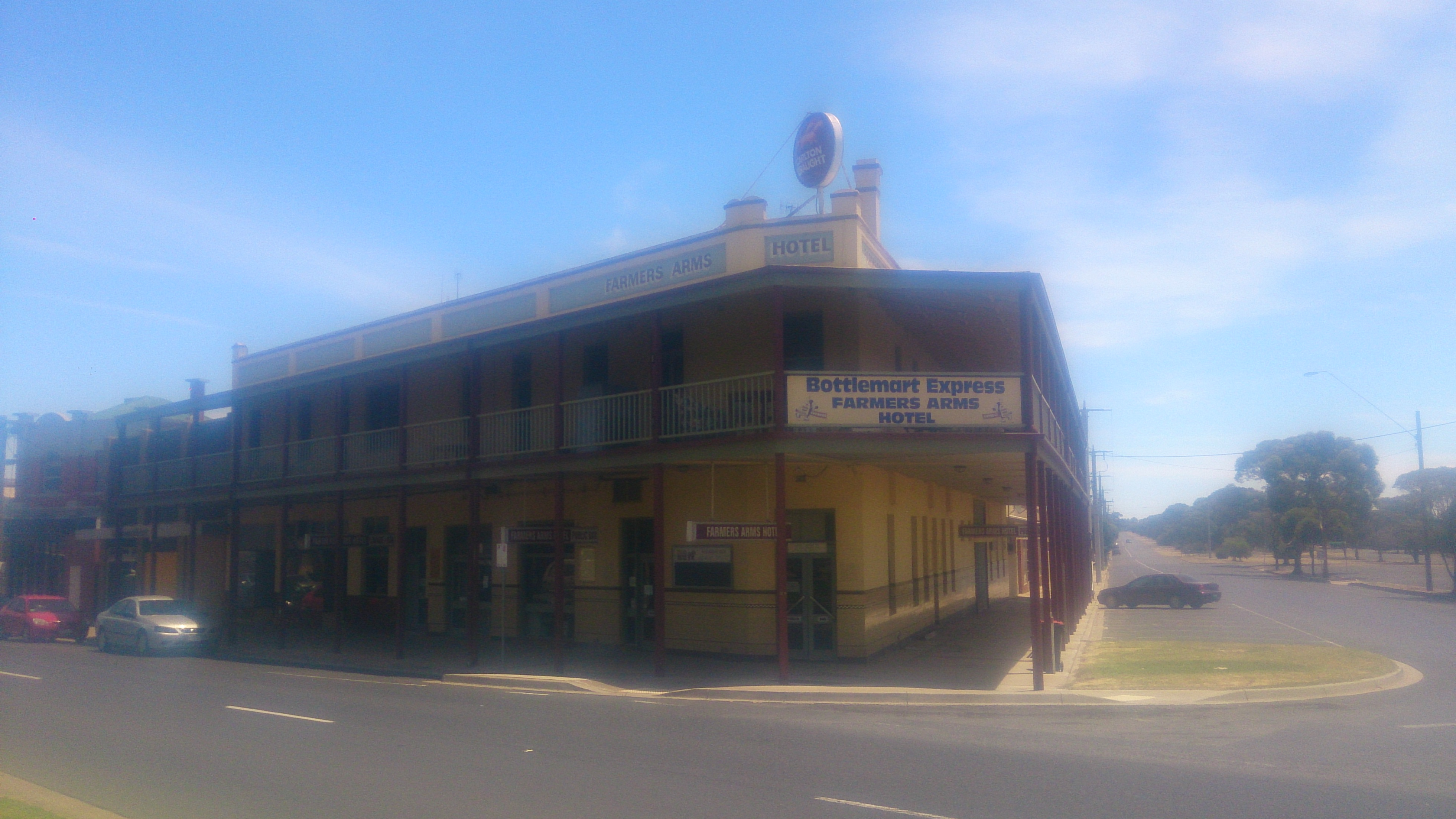 Farmers Arms Hotel - Accommodation Adelaide