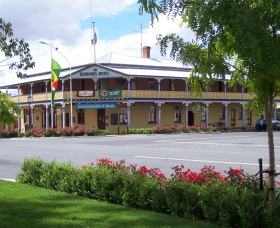 The Boorowa Hotel - Accommodation Adelaide