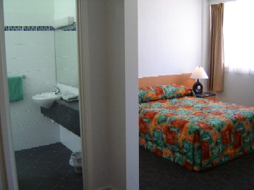 Baileys Hotel Motel - Accommodation Adelaide