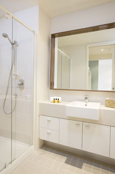 Melbourne Short Stay Apartments on Whiteman - Accommodation Adelaide