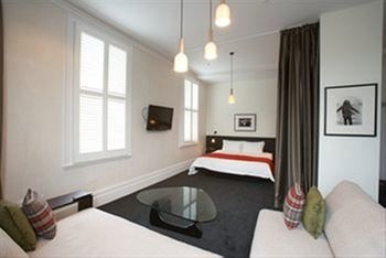 Middle Park Hotel - Accommodation Adelaide