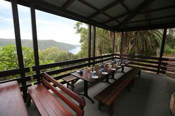 Pittwater YHA - Hostel - Accommodation Adelaide