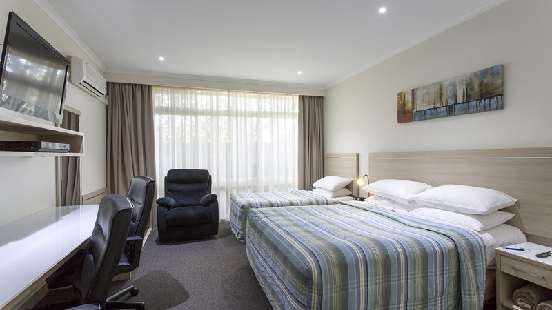 BEST WESTERN Aspen and Apartments - Accommodation Adelaide