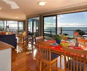 Boat Harbour Beach House - The Waterfront - Accommodation Adelaide