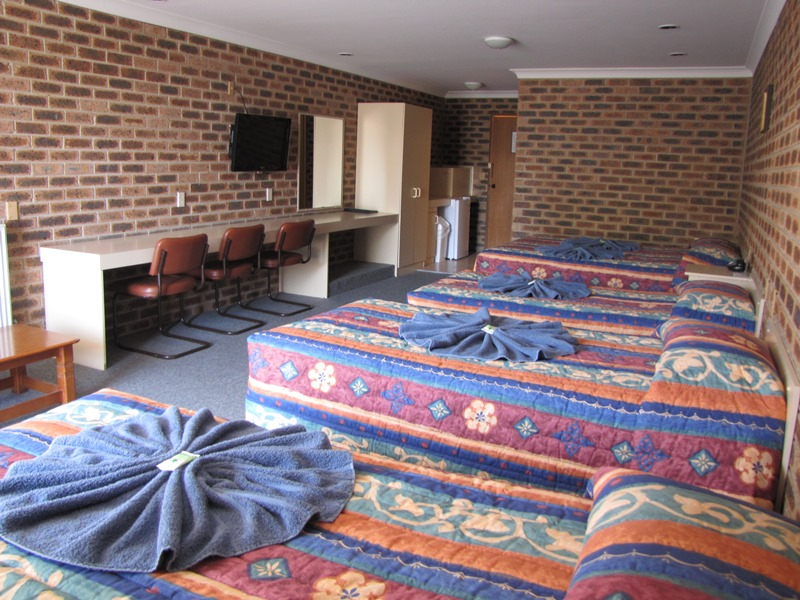 Big Trout Motor Inn - Accommodation Adelaide
