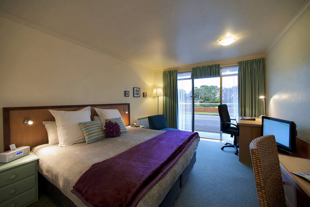 The Waterfront Wynyard - Accommodation Adelaide