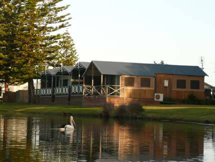 Two Shores Holiday Village - Accommodation Adelaide