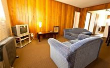 Snowy Mountains Motel - Adaminaby - Accommodation Adelaide