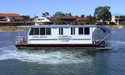 Dolphin Houseboat Holidays - Accommodation Adelaide