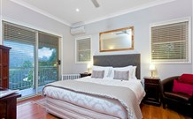 The Acreage Luxury BB and Guesthouse - - Accommodation Adelaide