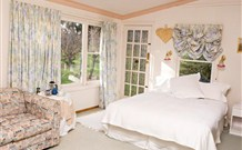 The Old School Country Retreat - - Accommodation Adelaide