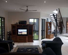 Dolphin Beach House - Accommodation Adelaide