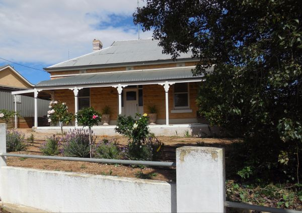 Book Keepers Cottage Waikerie - Accommodation Adelaide