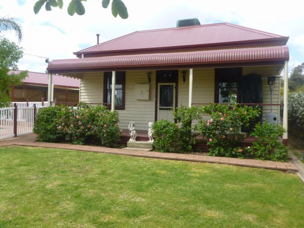 Country Cottages BB - Accommodation Adelaide