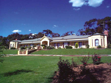 Brice Hill Country Lodge - Accommodation Adelaide