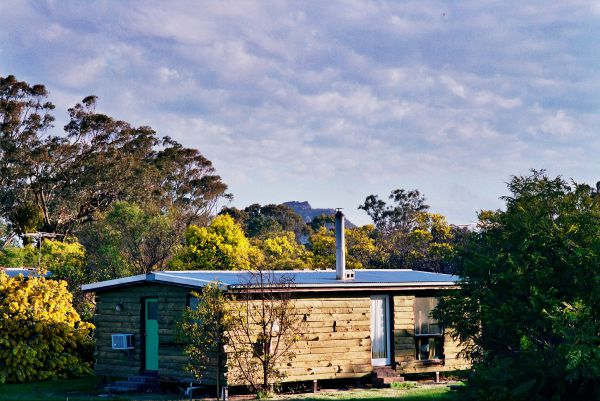 Mount Zero Log Cabins - Accommodation Adelaide