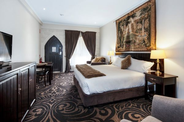 Castle Suites - Kryal Castle - Accommodation Adelaide