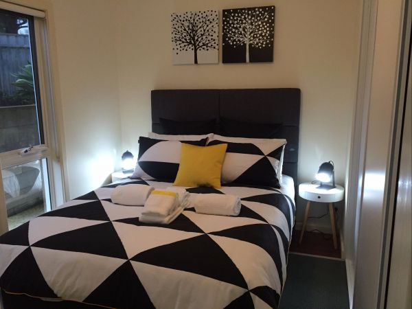 Lyreen's Apartment Bed And Breakfast - Accommodation Adelaide