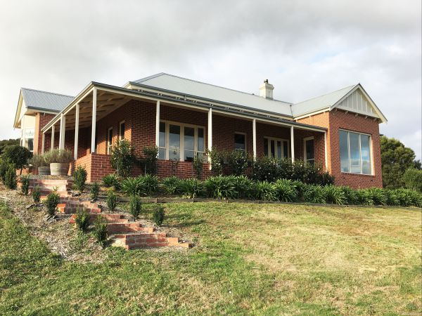 Shearer's Hill - Luxury Farm Stay - Accommodation Adelaide