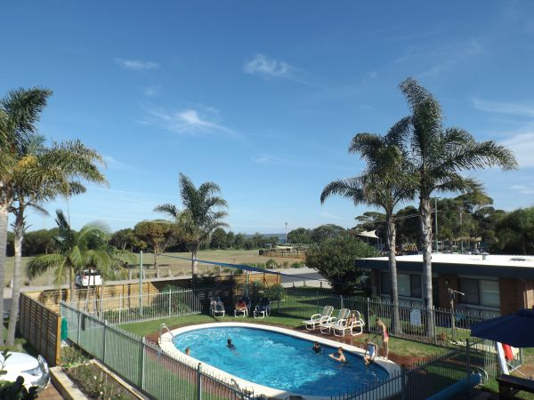 Surfside Holiday Apartments - Accommodation Adelaide