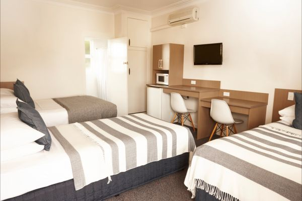 The Sails Motel - Accommodation Adelaide