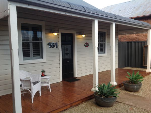 Thelma's Temora - Accommodation Adelaide