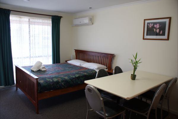 Warrnambool Holiday Park And Motel - Accommodation Adelaide