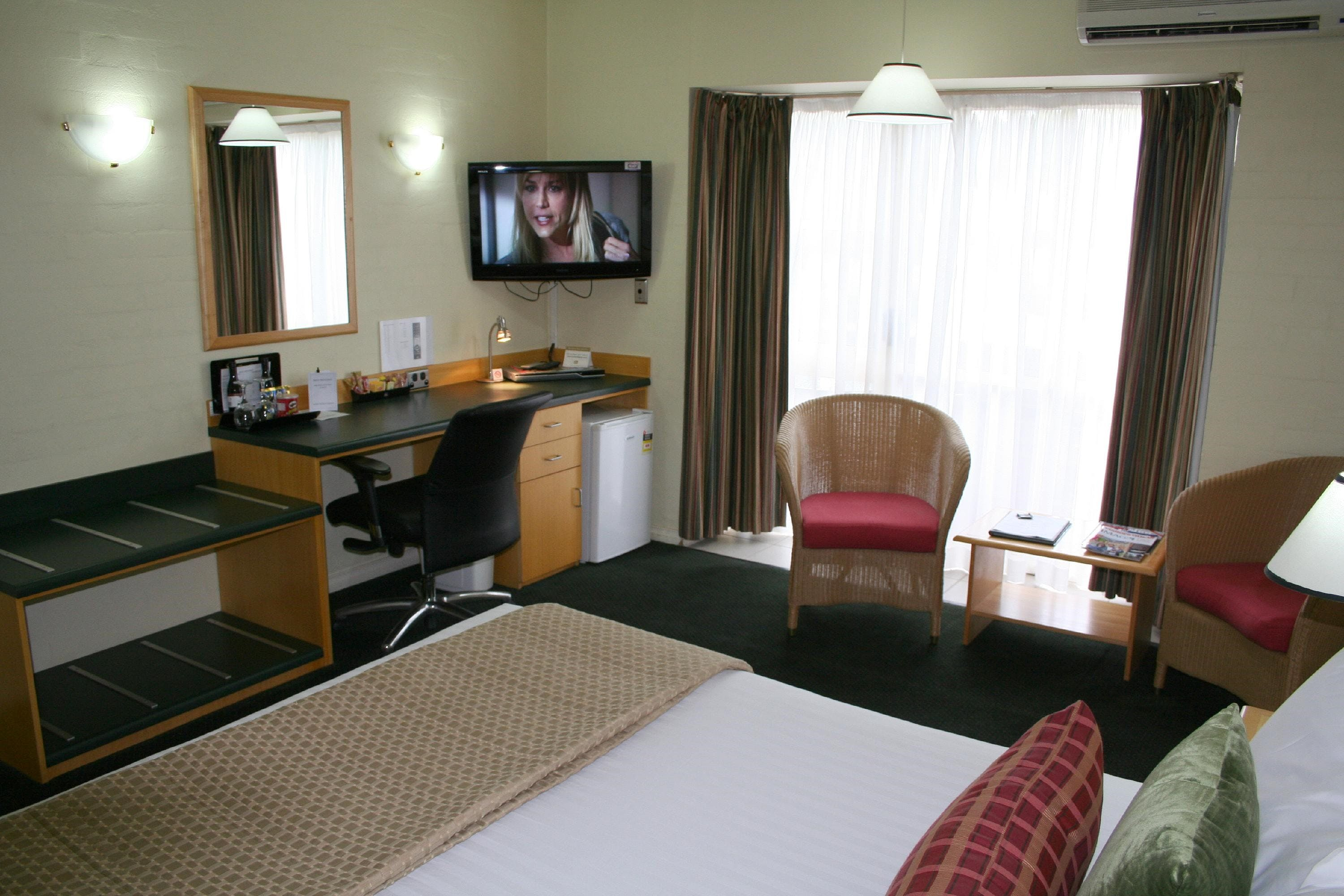 Grand Country Lodge - Accommodation Adelaide