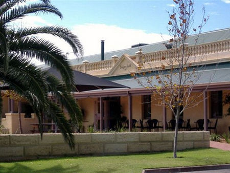 Dongara Hotel Motel - Accommodation Adelaide